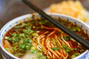 甘肅十大特色美食小吃,拔疙瘩上榜,第一是中華第一面