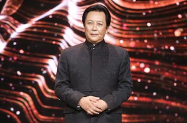 """中国十大老戏骨男演员排名 陈道明上榜,第九是""""皇帝专业户"""""""